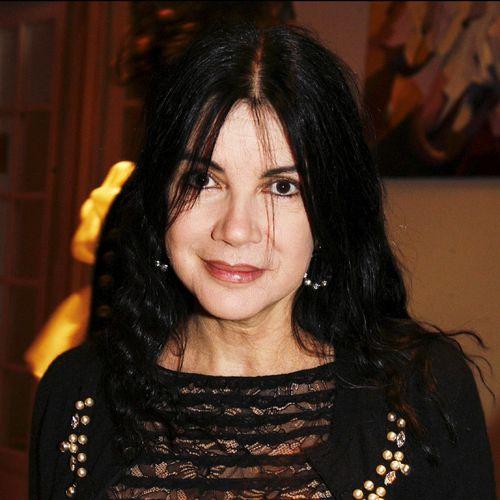 Carol Laure